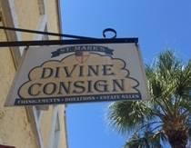 St_Mark_Divine_Consign_logo